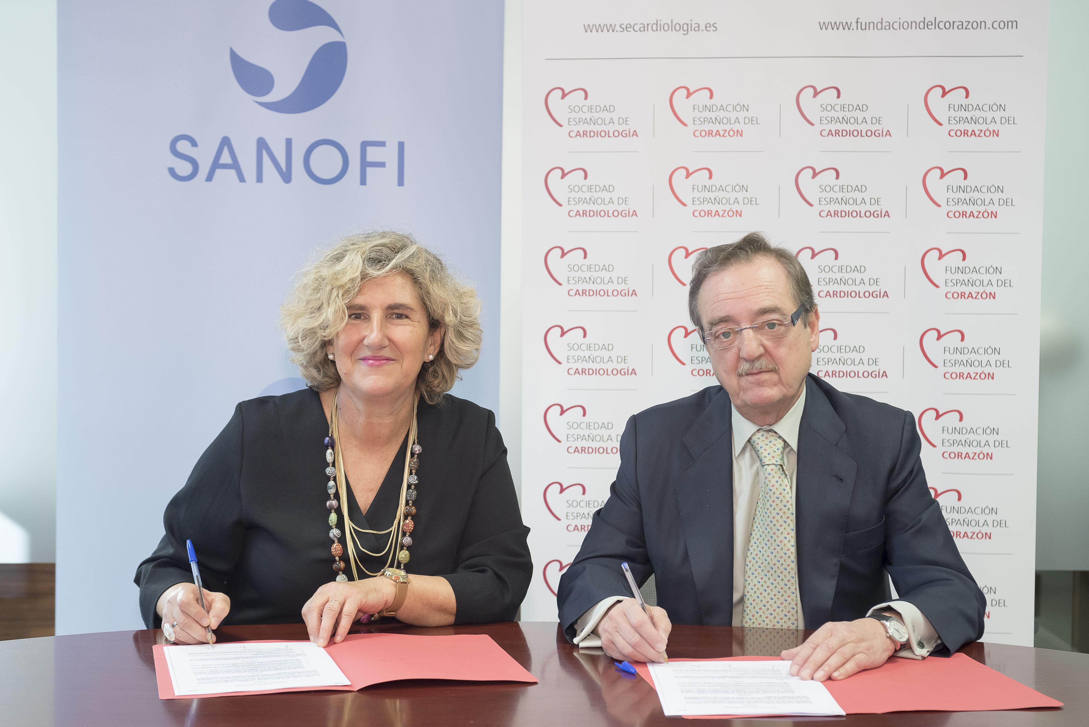 Arantxa Catalán, responsable de Public Affairs de Sanofi, y Carlos Macaya, presidente de la FEC.