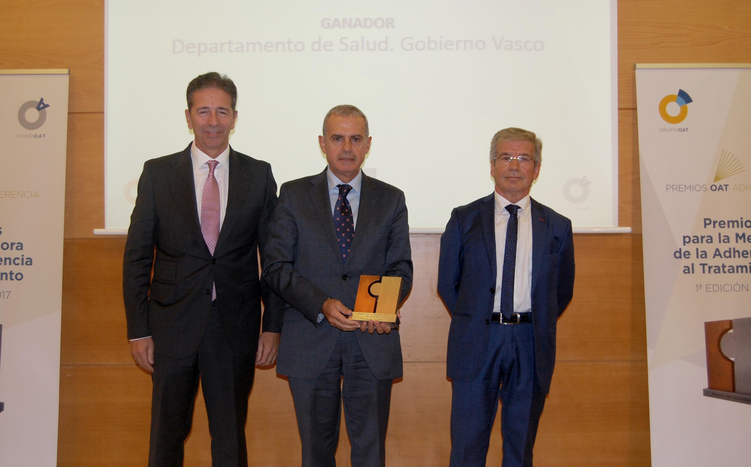 De izq a dcha: José María Martín, Iñaki Betolaza y Jesús Díaz